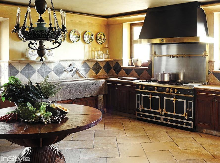 roberto cavalli kitchen